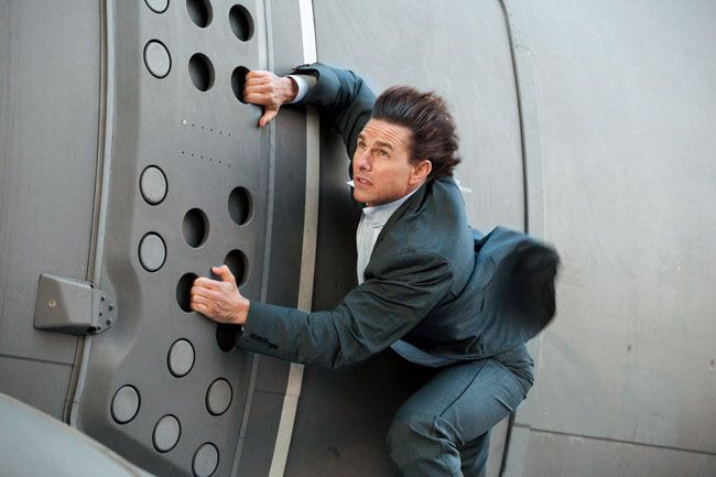 cac-canh-quay-hanh-dong-cua-tom-cruise-trong-mission-impossible-6-se-dien-ro-hon-bao-gio-het-5