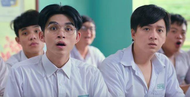 Jun Phạm (đeo kính) vai Hải Gầy
