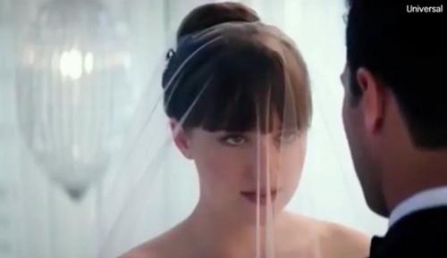 Phim 50 Sắc thái phần 3 vừa tung trailer chính thức