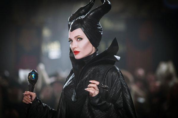 Tạo hình của Angelina Jolie trong phim Maleficent
