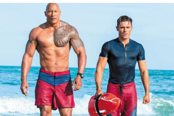 Baywatch - bộ phim do The Rock đóng vai chính
