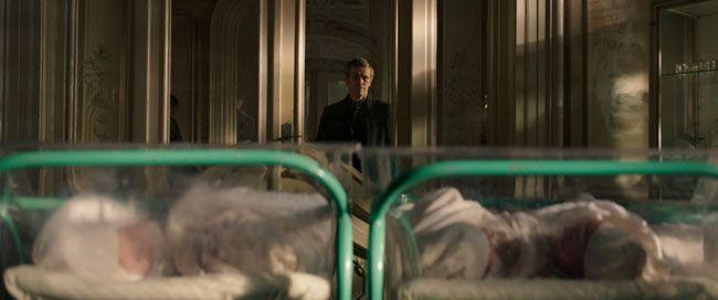 Nam diễn viên Willem Dafoe vai Terrence Settman trong phim