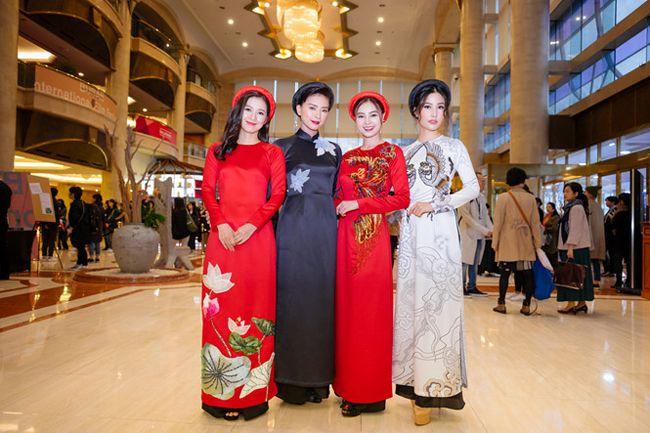 Đoàn làm phim tại Liên hoan phim quốc tế Busan 2017
