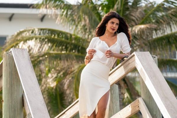 Priyanka Chopra trong phim Batwatch
