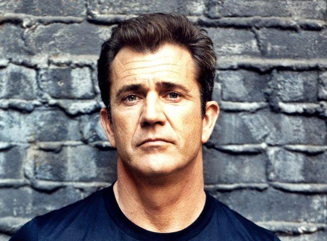 Mel Gibson  đứng ở vị trí sô 2