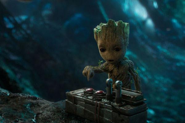 Không ai tinh nghịch được bằng Baby Groot