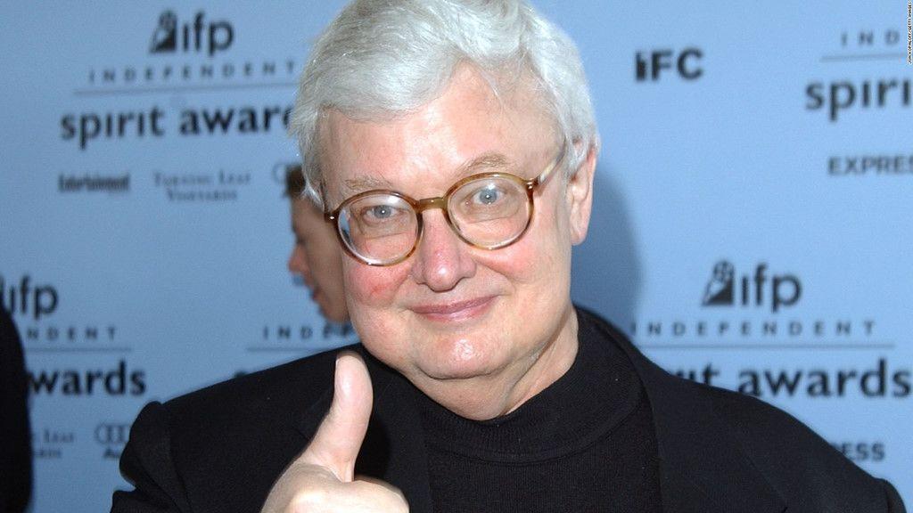 Nhà phê bình Roger Ebert.