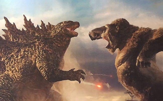 Cuộc đối đầu giữa hai quái thú rất được chờ đợi