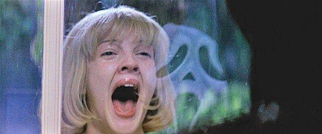 Cảnh phim huyền thoại mà không ai có thể quên của Scream