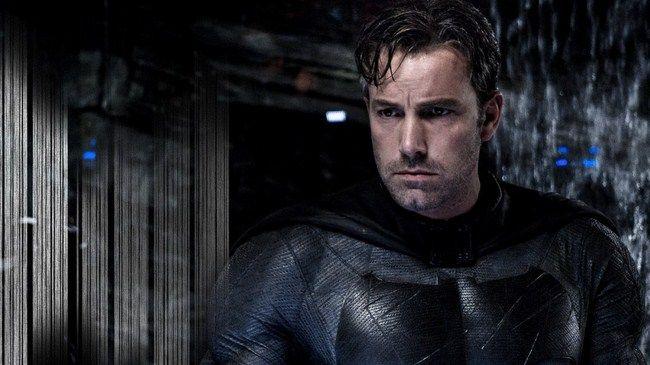 Ben Affleck xuất hiện với vai trò là Batman lần đầu tiên trong Batman V Superman được ra mắt hồi năm 2016