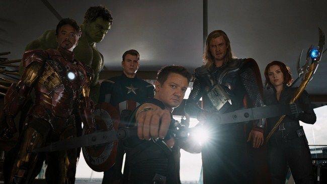 Lần đầu tiên các siêu anh hùng cùng tập hợp trong một bộ phim lớn