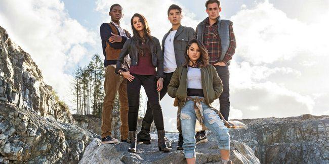 Dàn diên viên trẻ trong vai 5 chiến binh Power Rangers