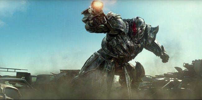Transformer 5: The Last Knight thất thế trong mùa phim năm nay