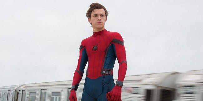 Peter Parker sẽ phải học cách cân bằng giữa việc là một siêu anh hùng và việc là một cậu học sinh trung học bình thường
