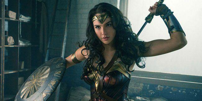 Wonder Woman lọt top 10 phim siêu anh hùng có doanh thu cao nhất