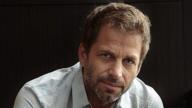 Zack Snyder rút lui khỏi dự án do gia đình ông đang trải qua giai đoạn khó khăn