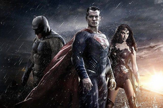 Batman V Superman vẫn là phim DCEU có doanh thu toàn thế giới cao nhất