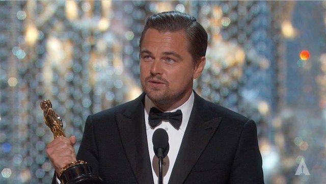 Sau 20 năm Leonardo DiCaprio đã chạm tay tới tượng vàng Oscar danh giá