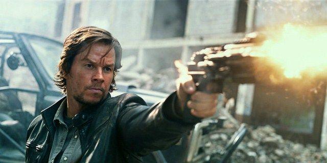 Mặc dù bị chê tơi tả nhưng Transformers 5 vẫn mang về cho Wahlberg một khoản thù lao lớn
