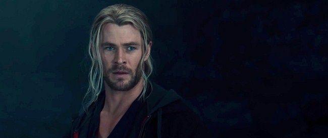 Ngay sau khi tiêu diệt được Ultron, Thor đã trở về Asgard để hoàn thực hiện nhiệm vụ của mình