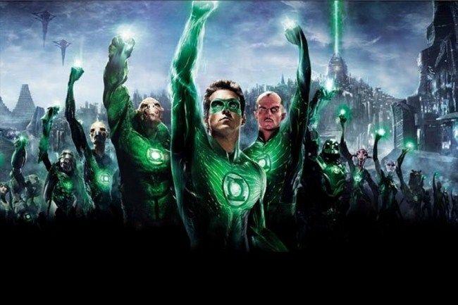 Liệu Green Lantern có phải nhân vật bí ẩn nói chuyệ với Alfred ở cuối đoạn trailer?