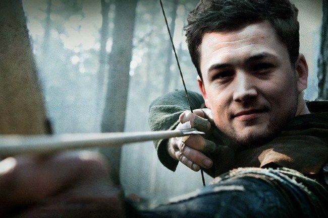Nam diễn viên điển trai Taron Egerton sẽ trong vai Robin Hood