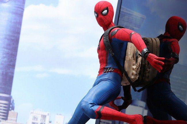 Spider-Man: Homecoming cũng vươn lên trở thành phim có doanh thu toàn cầu cao thứ 2 sau Spider-Man 3