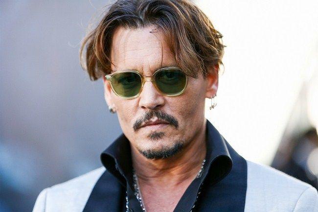 Johny Depp cũng chịu chung số phận đội sổ với Brad Pitt