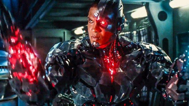 5 clip còn lại đều về Cyborg