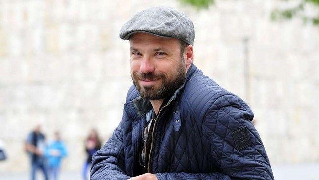 Đạo diễn hình ảnh của bộ phim - Fabian Wagner cũng muốn bản phim gốc của Zack Snyder được phát hành