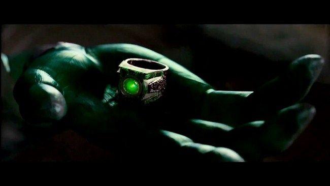 Các Green Lantern đã cùng hợp sức để đánh đuổi Steppenwolf