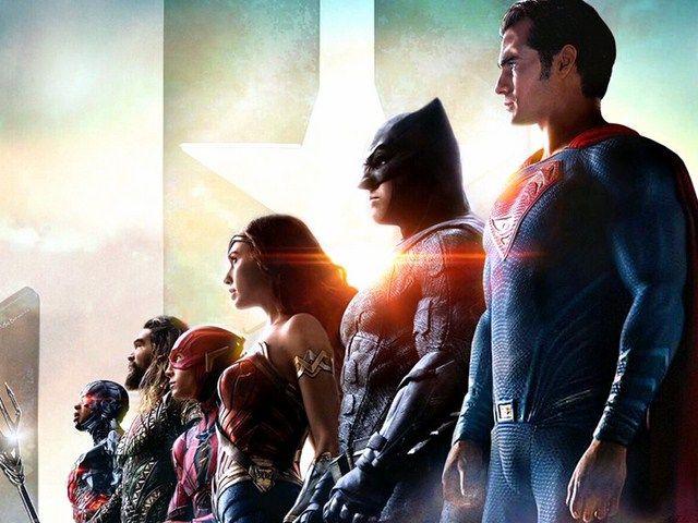 Justice League đầy đủ cả 6 thành viên
