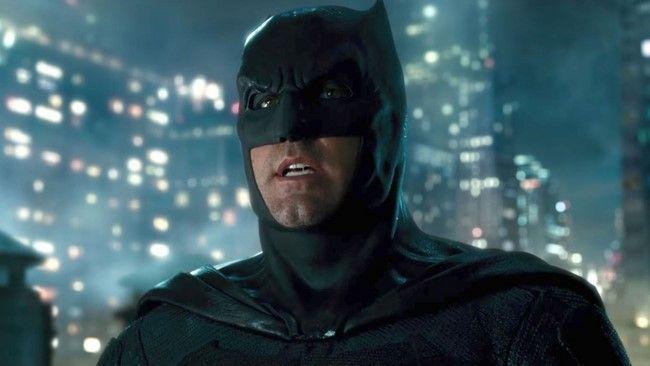 Batman săn lùng Parademon tại Gotham