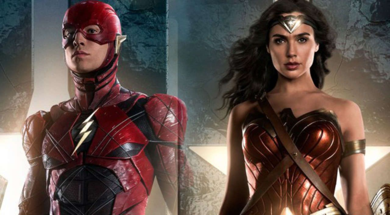 Wonder Woman và Flash cùng ngăn Superman không tấn công đồng đội của mình