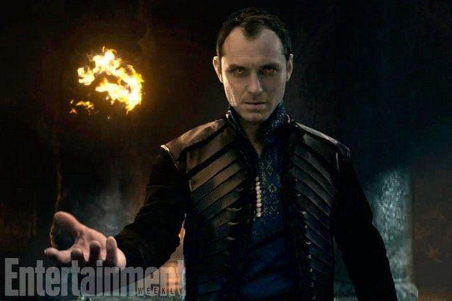 Vai diễn Albus Dumbledore thời trẻ của Jude Law hứa hẹn sẽ là một nhân vật vô cùng hấp dẫn