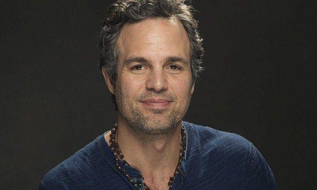 Mark Ruffalo cho biết Avengers: Infinity War và Avengers 4 sẽ rất vui nhộn, kịch tính và hoành tráng