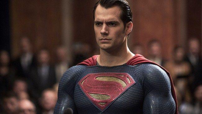 Superman sẽ tiêu hủy các HellSpores và cứu Trái Đất khỏi quá trình biến đổi thành Apokolips phiên bản 2?