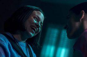 review-phim-song-sinh-sinh-ton-the-nao-khi-khong-hieu-chinh-minh